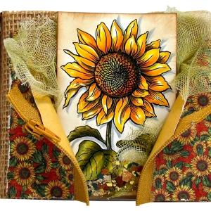 Sweet Sunflower by Rhea Weaigand (P221)