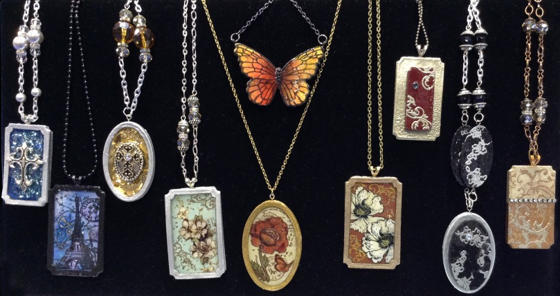 Paper Bezel Necklaces by Debbie Cole